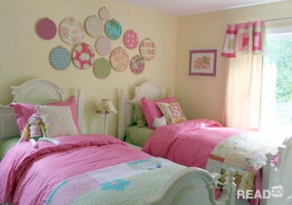 Mẫu thiết kế nội thất phòng ngủ số 2 với màu hồng chủ đạo