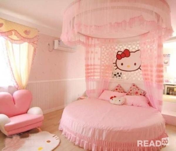 Mẫu thiết kế nội thất phòng ngủ cho bé gái yêu thích mèo Hello Kitty