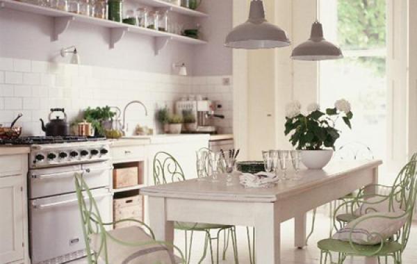 Thiết kế phòng bếp ấm cúng cho bữa cơm gia đình