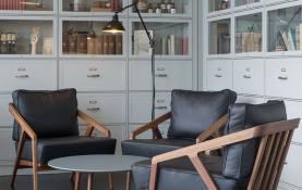 Thiết kế nội thất quán cafe theo tên cá nhân nổi tiếng